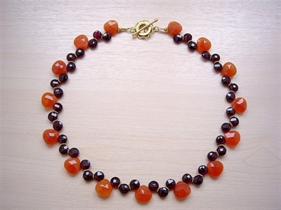 Picture of Garnet, Carnelian 24 carat Gold plated Components