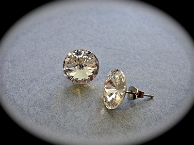 Picture of Swarovski stud earrings